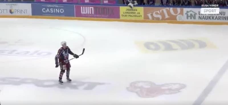 Video: SaPKo-hyökkääjä veivasi rankkarin sisään kuin Aleksander Barkov konsanaan