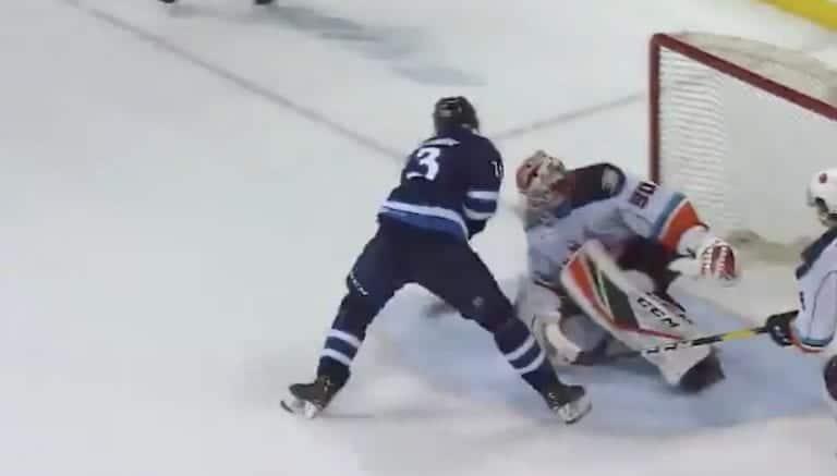 Video: Kristian Vesalainen taiteili jäätävän jatkoaikamaalin AHL:ssä