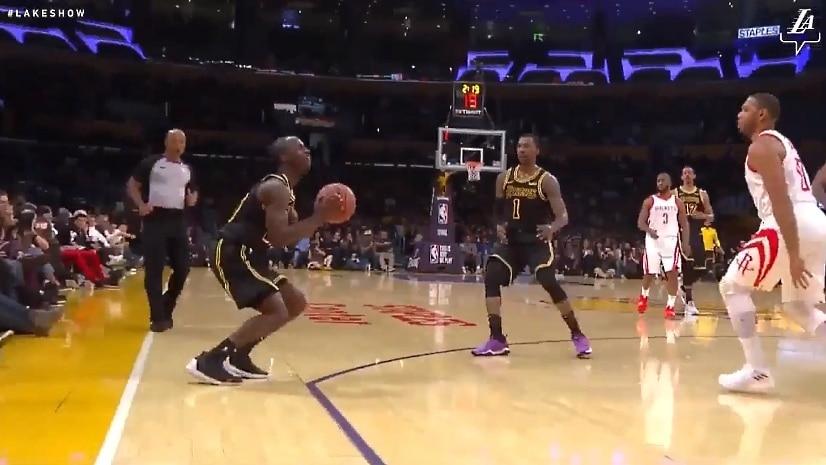 Klassikkovideo: 10 vuotta kehitysliigassa pelannut Andre Ingram kutsuttiin ylös LA Lakersiin - debyytti kuin elokuvista