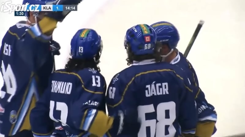Video: Jaromir Jagr hurjasteli 4 osumaa! - Kladno varmisti nousunsa Tshekin liigaan