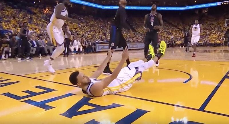 Video: Golden State Warriors esitteli koko NBA:n pudotuspelihistorian pahimman sulamisen