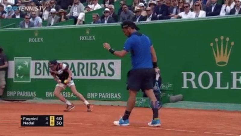 Video: Pallopoika heitti nolot pannut Nadalin matsissa - kommentoi itse huumorilla: