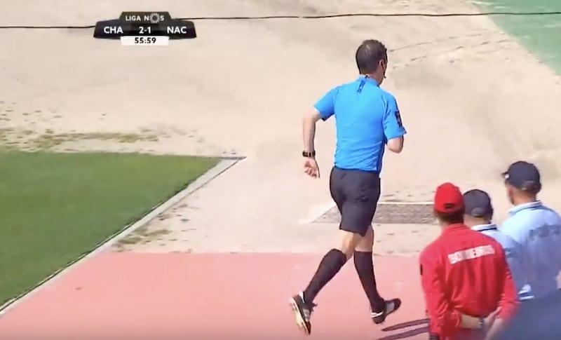 Video: Portugalin pääsarjapeli keskeytyi erikoisesta syystä – tuomarille tuli vessahätä