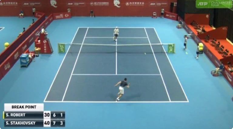 Video: Sergei Stakhovsky esitteli jäätävän upean suorituksen Challenger Tourilla