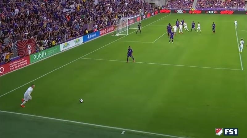 Video: Wayne Rooney paineli mahtavan vaparimaalin MLS:ssä