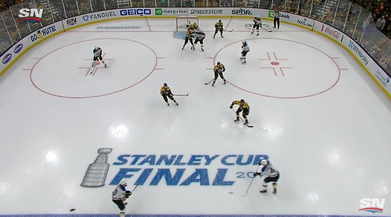 Video: Carl Gunnarssonin hurja tykitys ratkaisi jatkoajalla - St. Louis tasoitti NHL-finaalien voitot