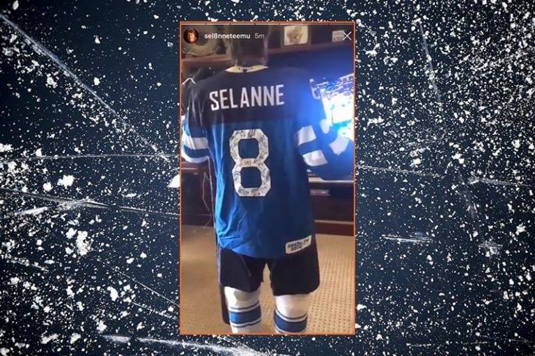 Video: Teemu Selänne fiilisteli MM-finaalin täysissä pelikamoissa