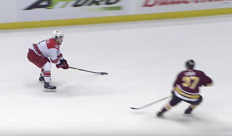 AHL-mestari Aleksi Saarela kaupattiin Chicagoon – joko tulee näytönpaikka NHL:ssä?