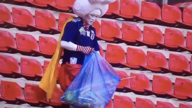Video: Japanin fanit ihastuttivat naisten MM-kisoissa – keräsivät roskia katsomossa ottelun jälkeen