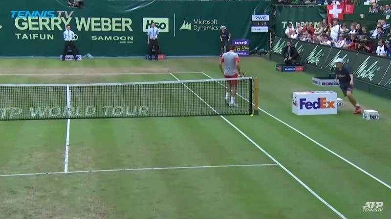Klassikkovideo: Roger Federer unohti pistetilanteen - ei tajunnut voittaneensa matsin