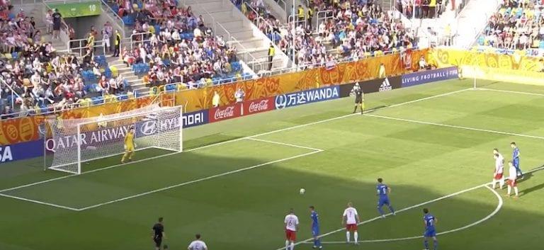Video: U20 MM-kisojen puolivälieräpaikka ratkesi jäätävällä panenka-rankkarilla