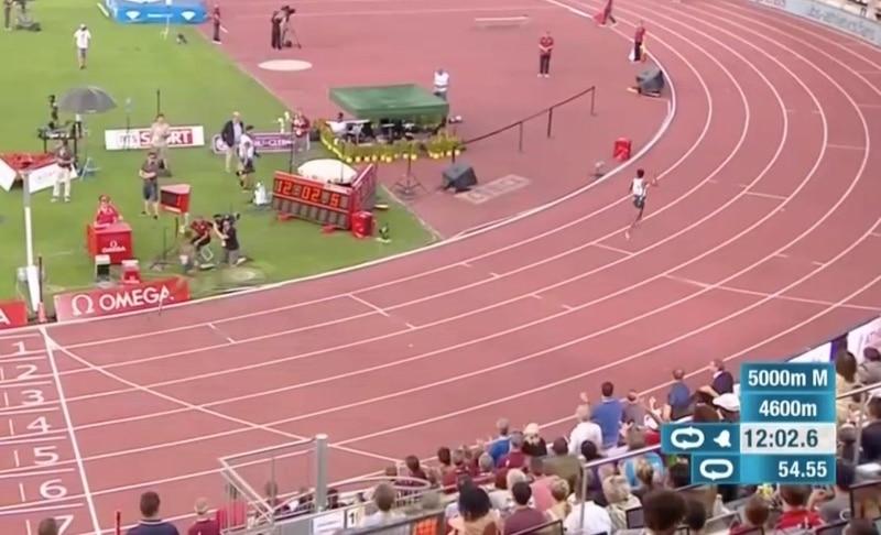 Video: Timanttiliigassa uskomaton moka - juoksija tuuletti voittoaan kierrosta liian aikaisin