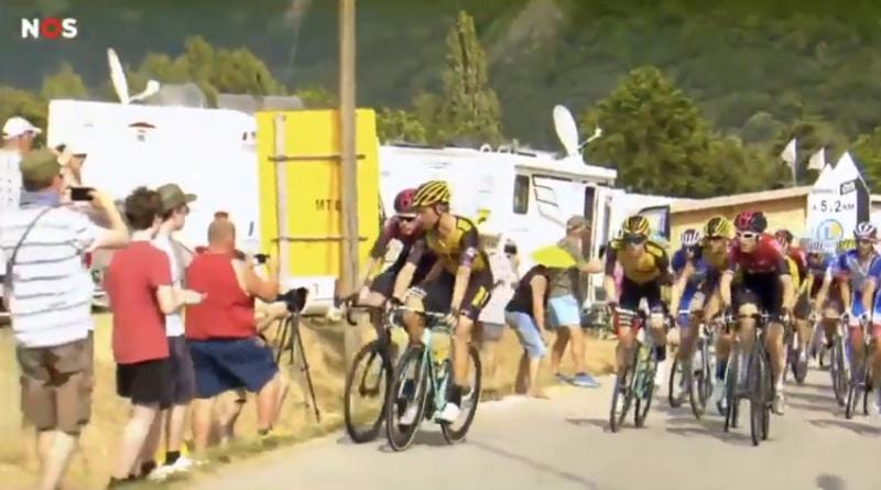 Video: Huippupyöräilijät nujakoivat ajon aikana, mutta löivät kättä päälle maalissa – molemmat diskattiin