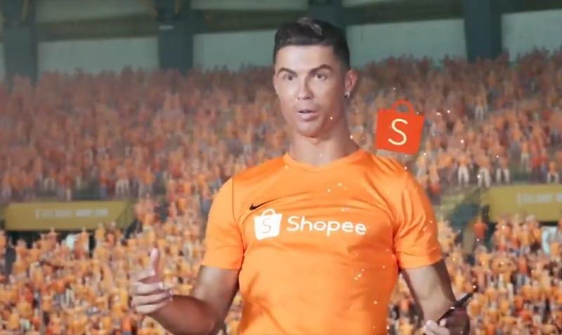 Video: Valmistaudu hämmentymään - Cristiano Ronaldo seikkailee omituisen tv-mainoksen tähtenä