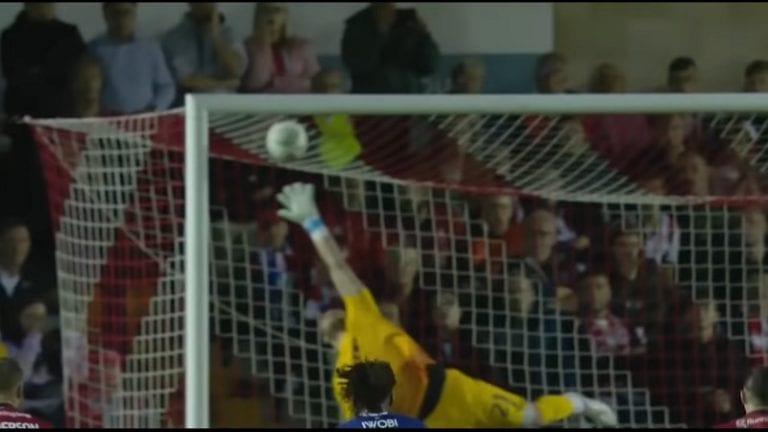 Video: Evertonin Lucas Digne kajautti tulisen vaparin 30 metristä