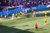 Video: West Hamin Sebastien Haller häikäisi - kahden maalin ilta huipentui loistavaan saksipotkuun