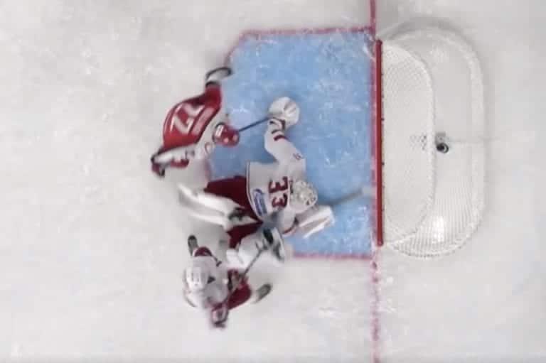 Video: Mikä ryöstö – Ilya Ezhov venytti huikean mailatorjunnan KHL:ssä