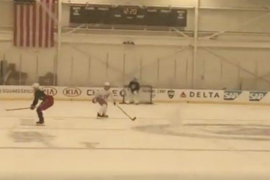Video: Kaapo Kakko toivotettiin tervetulleeksi NHL:ään – sai heti kokea kovuutta treeneissä