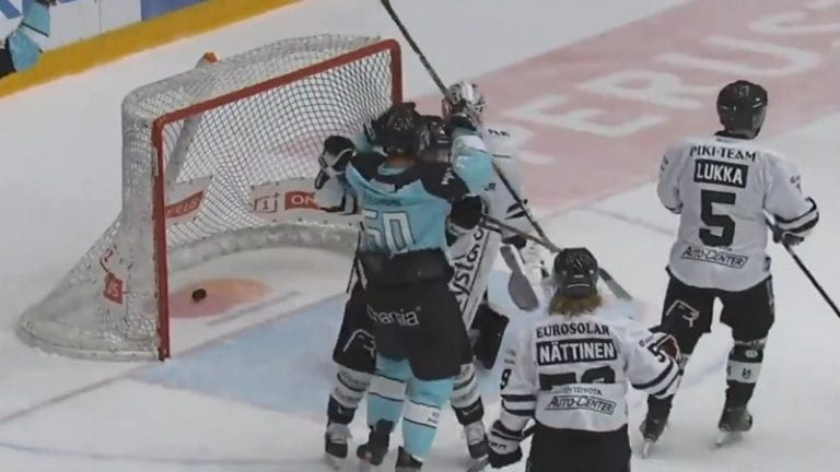 IS: Nyt rävähti! Juhamatti Aaltonen siirtyy Kärppien riveihin