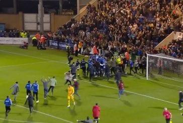 Video: Neljännen sarjatason Colchester kaatoi jättiläisen - Tottenham laulukuoroon liigacupissa