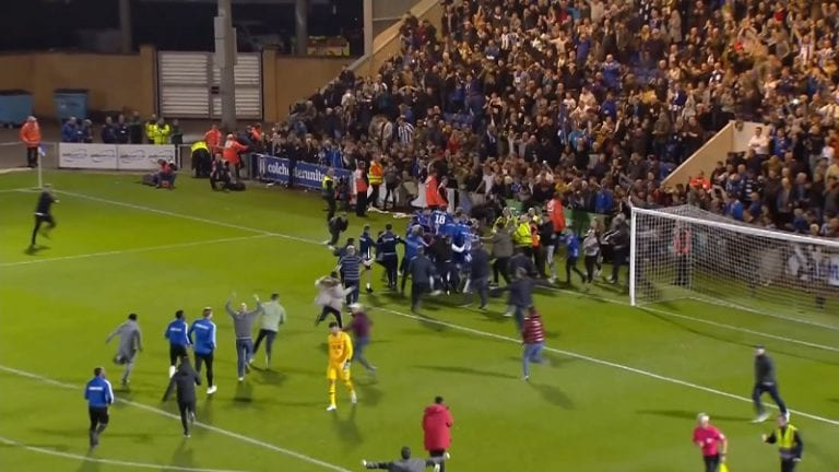 Video: Neljännen sarjatason Colchester kaatoi jättiläisen – Tottenham laulukuoroon liigacupissa