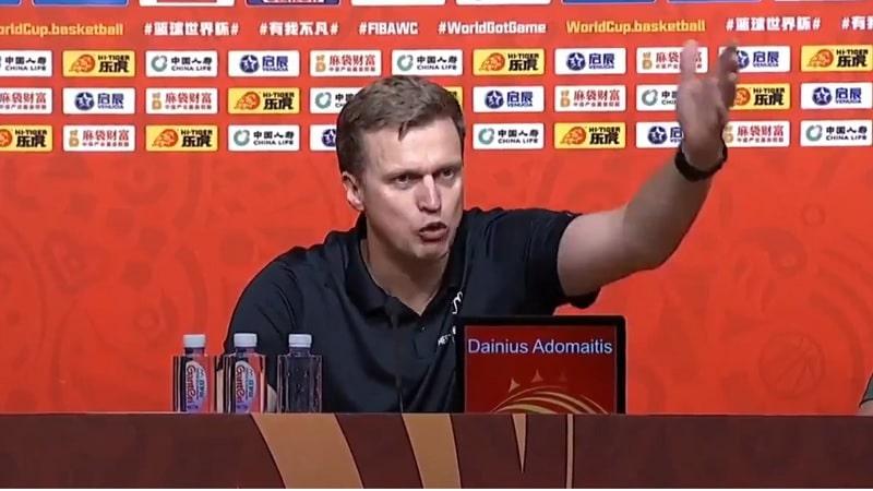 Video: Tuomarivirhe vei Liettuan jatkopaikan MM-koriksessa – päävalmentaja antoi palaa pressissä