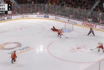 Video: KHL-maalivahti hölmöili jatkoajalla - Brooks Macek kiitti ja iski voittomaalin nollakulmasta