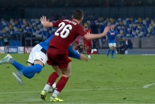 Video: Kokiko Liverpool vääryyttä? - Napolin voittomaali syntyi kyseenalaisesta rankkarista