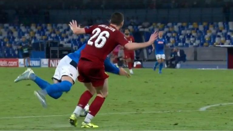 Video: Kokiko Liverpool vääryyttä? – Napolin voittomaali syntyi kyseenalaisesta rankkarista