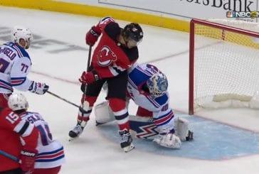 Video: Jack Hughes sai ensimmäisen NHL-tehopisteensä - Devils kaatoi Rangersin