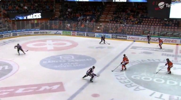 JYP hyllytti puolustaja Mikko Mäenpään – taustalla kurinpidolliset syyt