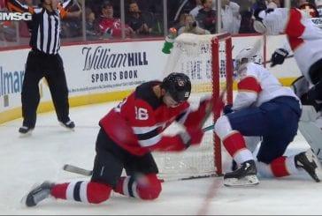 Video: Jack Hughesin uskomaton missaus kuvastaa Devilsin tuskaa - jo kuudes perättäinen tappio