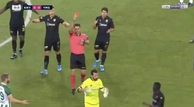 Video: Maalivahti otti Turkin liigan historian nopeimman ulosajon – punainen kortti 13 sekunnissa