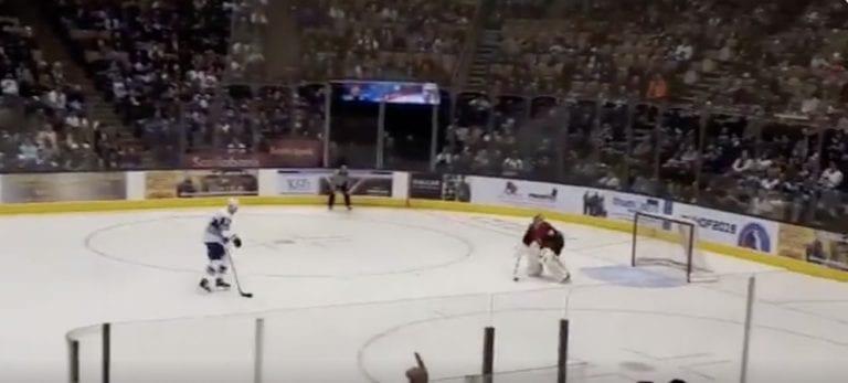 Video: Mats Sundin iski mahtavan rankkarimaalin legendojen näytösottelussa