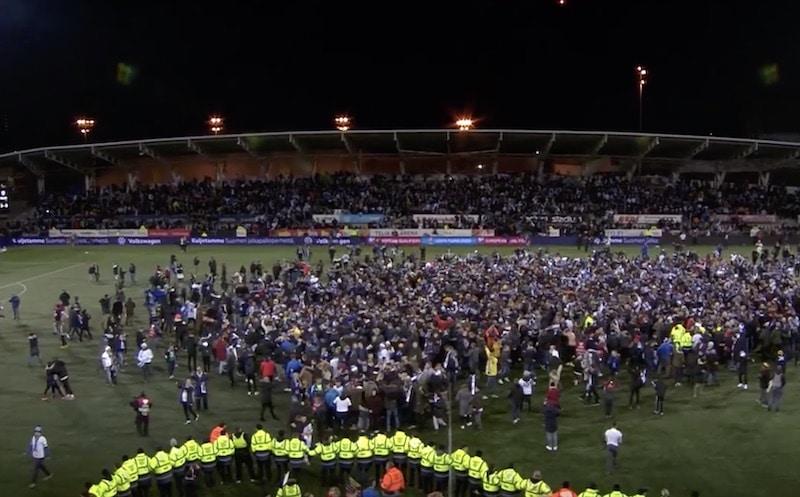Lännen Media: Palloliitto vältti sanktiot – UEFA katsoi Liechtenstein-pelin kentänvaltauksen läpi sormien