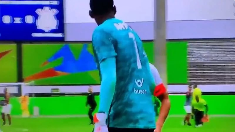Video: Brasilian U20-matsissa älytöntä menoa – Corinthiansin pelaajat kävivät vastustajan maalivahdin kimppuun