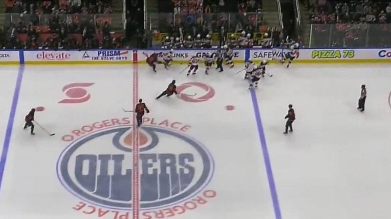 Video: Edmonton sai jäähyn väärästä vaihdosta – New Jerseyllä kahdeksan pelaajaa jäällä