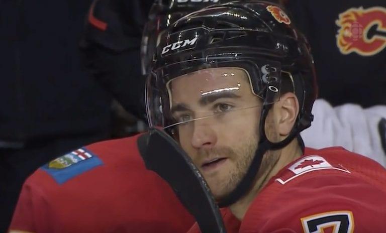 Calgaryn harjoitukset keskeytyivät pelottavaan tapahtumaan – T.J. Brodie alkoi kouristella jään pinnassa