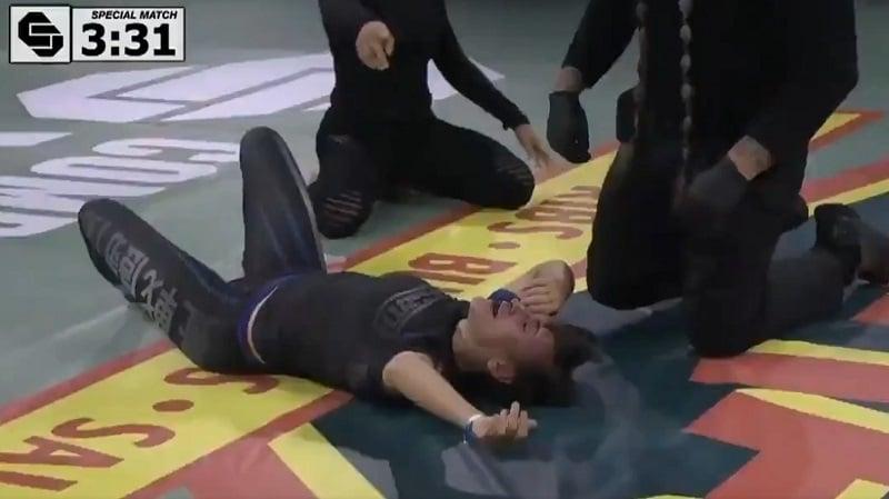 Video: Karmiva loukkaantuminen päätti matsin – entinen UFC-ottelija väänsi vastustajan käden poikki