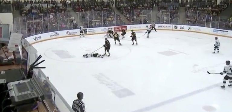 Video: Kanadan 15-vuotias megalupaus loukkaantui pahasti – ajettiin tajuttomaksi WHL:ssä
