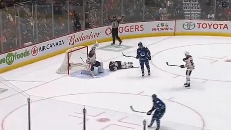 Video: Pelottava tilanne NHL:ssä – Oilesin Matt Benning sai kovan laukauksen päähänsä