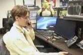 Video: Henrik Borgström veti huikean näyttelijäsuorituksen AHL-seuran The Office -henkisessä hassuttelussa