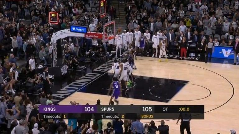 Video: Sacramento Kings sössi neljä perättäistä heittoa jatkoajan lopussa – hävisi dramaattisesti pisteellä