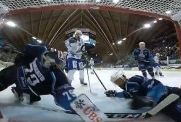 Video: Ambri-Piottan maalivahti venytti Spengler Cupissa - osa kiekosta oli jo maaliviivan yli