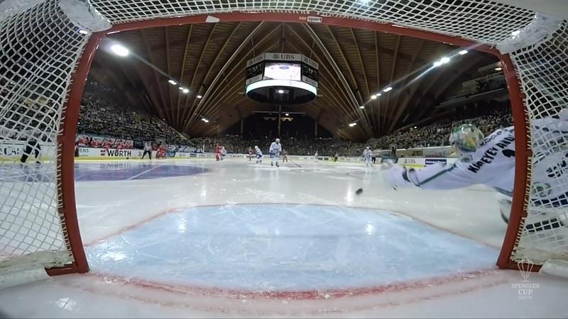 Video: Ufan veskarille nolo takaisku Spengler Cupissa – keskialueen roikkukiekko teki tepposet