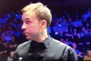Video: Snookerin Mastersissa nähtiin harvinaisen räikeä huijaus – Ali Carter puhui ohilyöntinsä hyväksytyksi