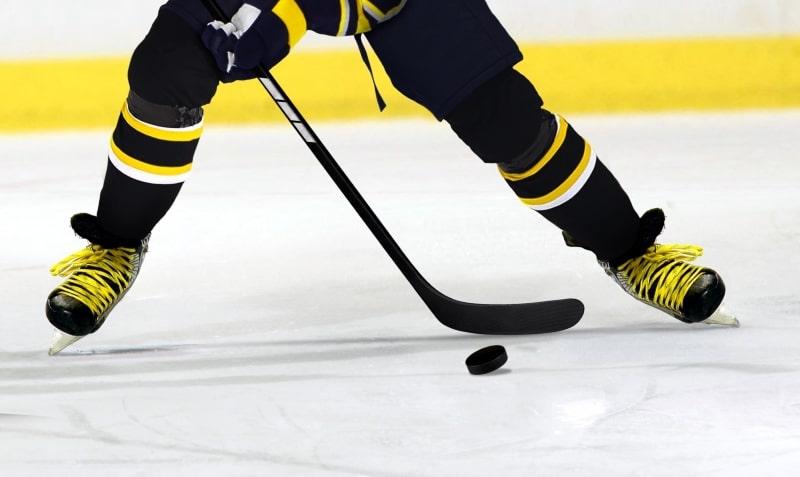 Unkarilaisvahti Euroopassa 3ice 3vs3 sarja liiga jääkiekko Sveitsin scoutit jääkiekkojoukkue