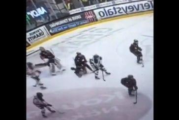 Video: Nuhruinen klippi johti lisärangaistuksiin - KooKoon Martin Berger sai neljän ottelun pelikiellon
