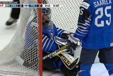 Video: Ruotsi vei MM-pronssia - voittomaali upposi sisään todella halvalla tavalla