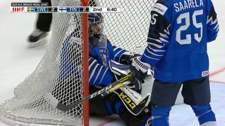 Video: Ruotsi vei MM-pronssia – voittomaali upposi sisään todella halvalla tavalla